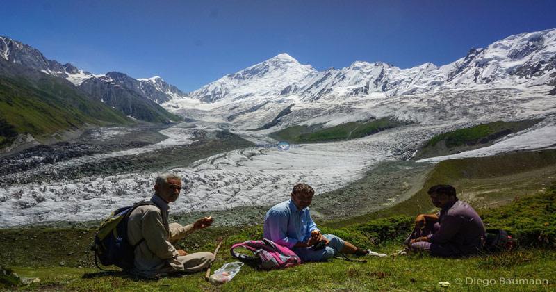 diran peak base camp trek